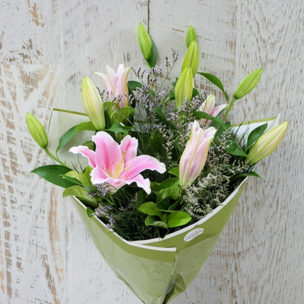 Fragrant Lily Wrap
