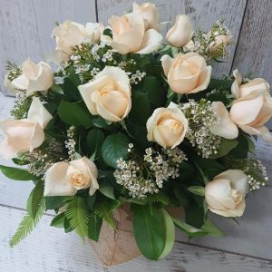 Cream rose arrangement