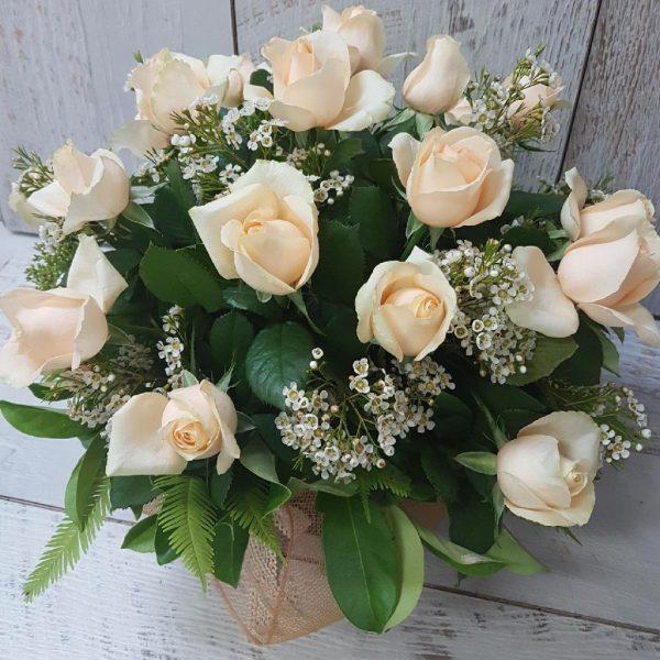 Cream rose arrangement